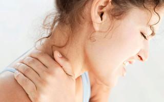 Почему возникает боль в шее с правой стороны?