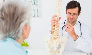 Почему возникает остеопороз у женщин и как его лечить?