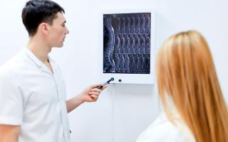 Как проявляется рак позвоночника и как его лечить?