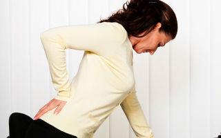 Боль в желудке отдает в спину — что это может быть?