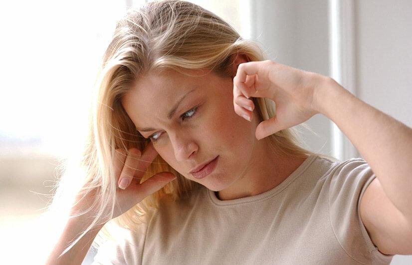 Шум в ушах - причины, виды, диагностика, лечение