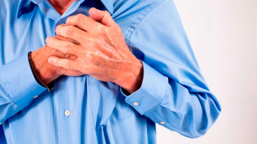 Боль в грудине слева причины у мужчин