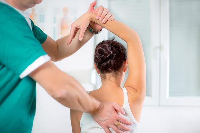 Отличие остеопатии от мануальной терапии
