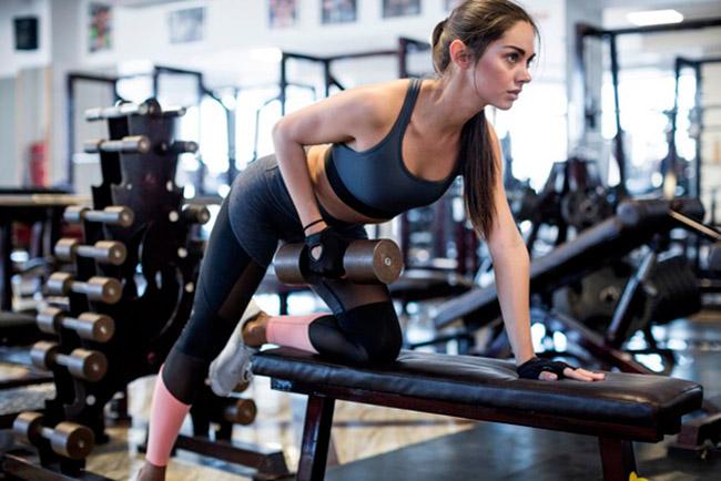 Общие правила выполнения упражнений с гантелями для укрепления спины