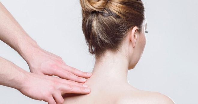 Народная медицина против горба на шее